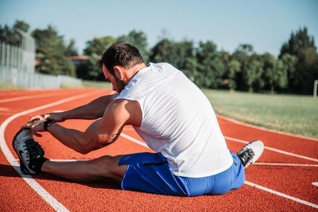 Runner Stretching Bodywell