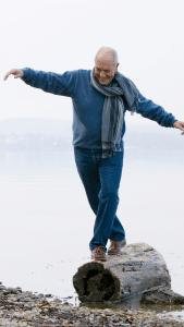Man balancing on the log Bodywell